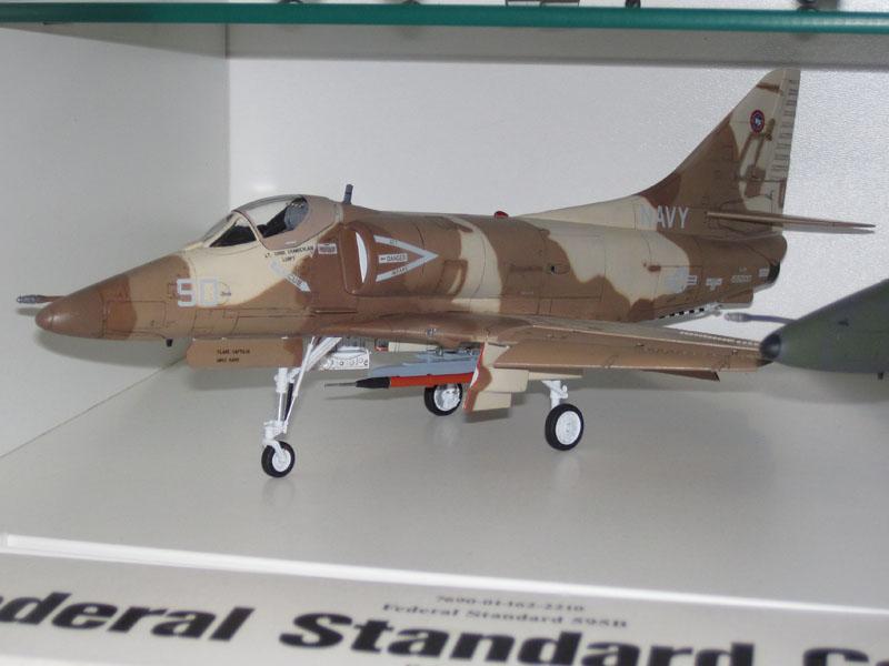 A-4F_50_5308_800.jpg